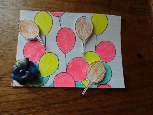 un atc  parti pour un echange sur le thème les ballons ( le marron est doré ca rend mieux en vrai)