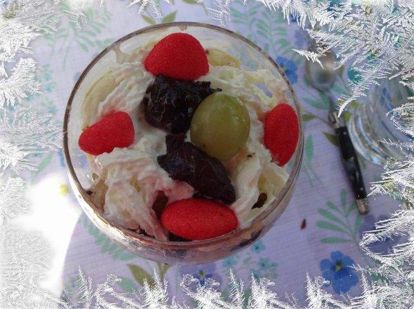 j'ai fait quelques desserts, tarte pommes et une glace fruitée car j'ai eu du monde et une entrée pomme,pont l'eveque,betteraves