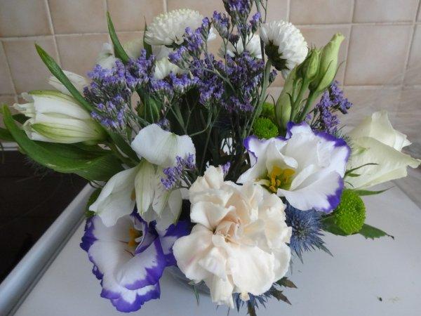 petit coucou  profitons de quelques jours de repos, une de mes créas florales