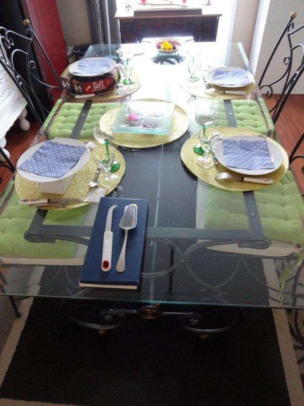 ce w end reception  : deux tables différentes ,déco automnale pour la deuxième, apéro....