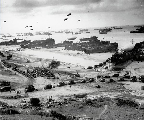 JUIN 1944 OCTOBRE 2014