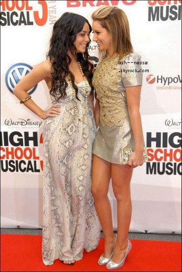 Ashley & Vanessa 16 Août