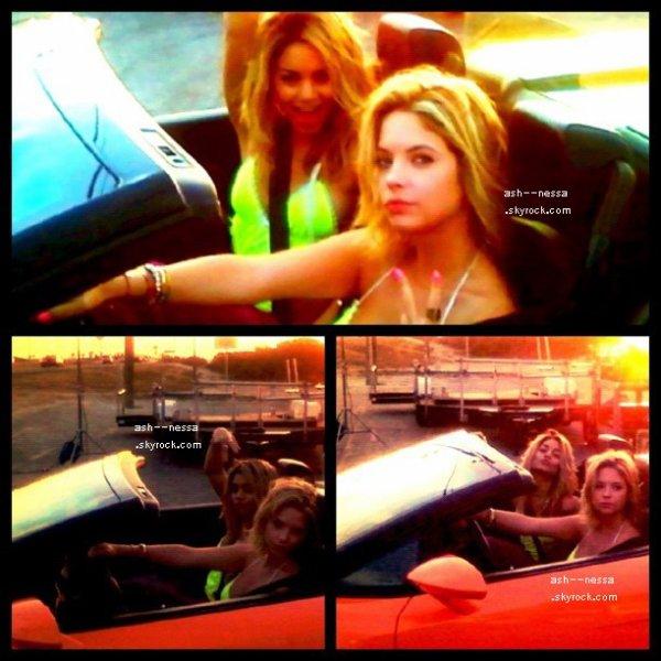 Ashley & Vanessa 19 mars