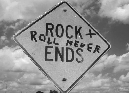 \-Rock N Roll For The Life-/