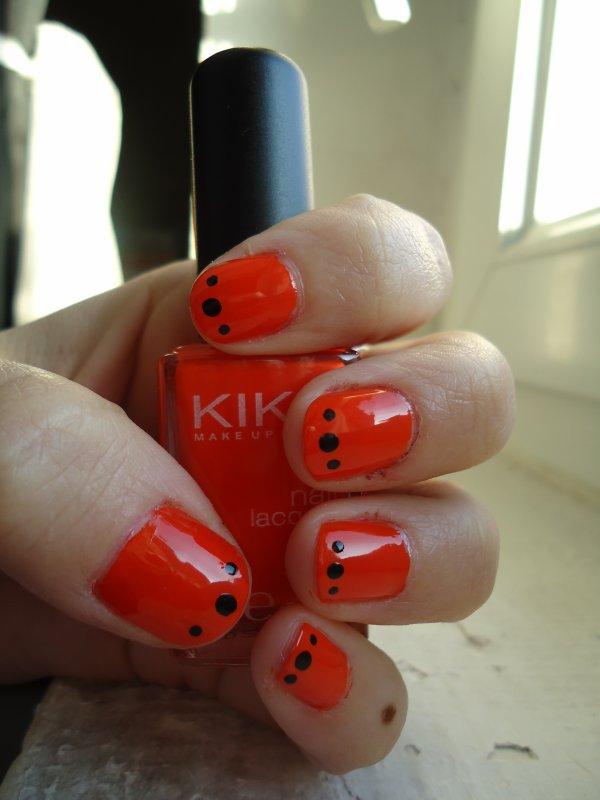 Challenge Day 2 : Orange Nails