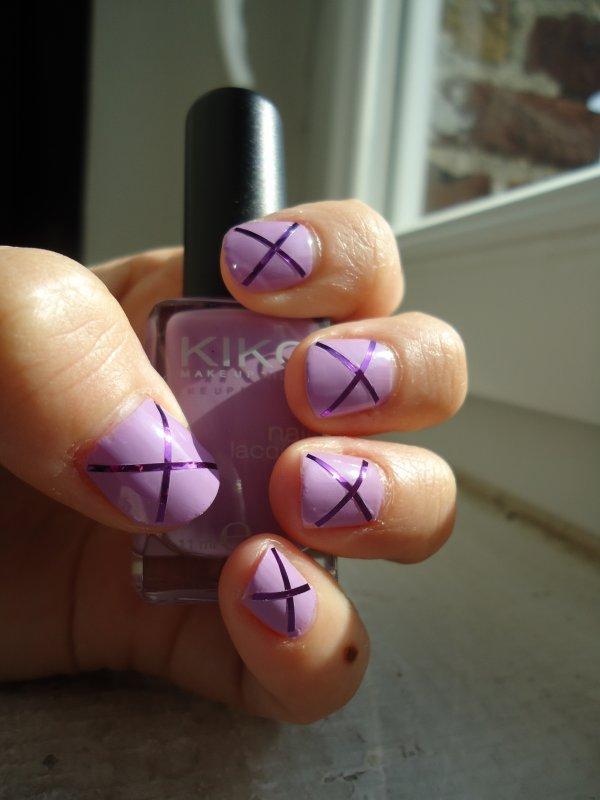 Challenge Day 6 : Violet Nails