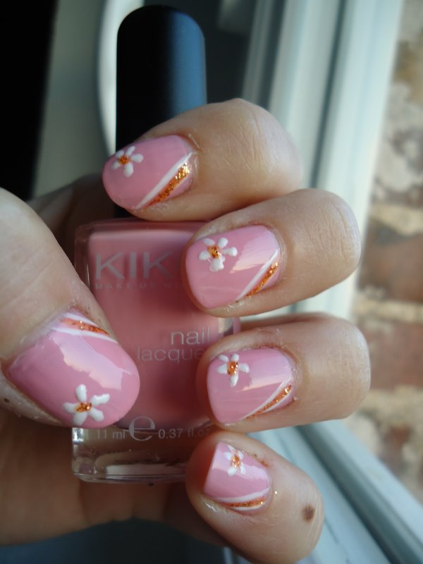 Challenge Day 14 : Flowers Nail