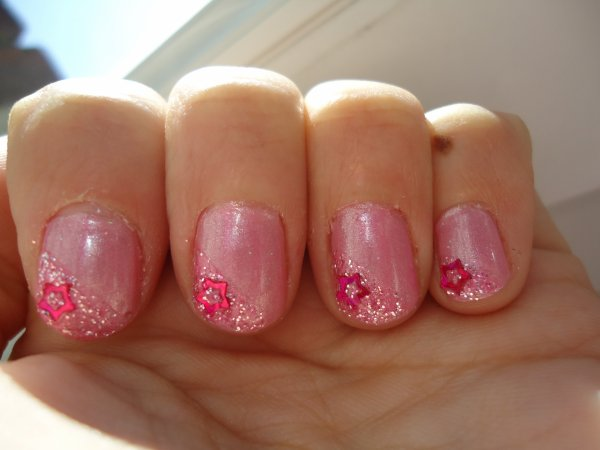 Challenge Day 15 : Delicate print Nail