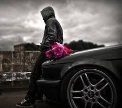 """"""" L'absence d'un être aimé est une injustice sans Nom... Un vide qui fait perdre à la vie tout son sens. """""""