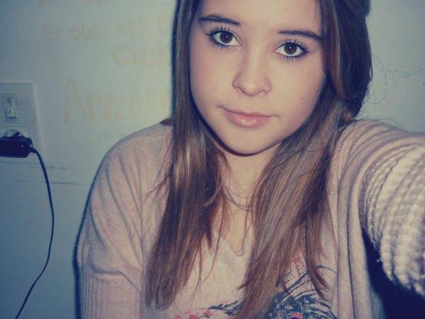 Tu es comme une drogue pour moi, c'est comme si tu étais ma propre marque d'héroïne.♥