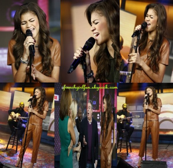 News photos de Zendaya allant à une réunion le 19/11/13 à New York