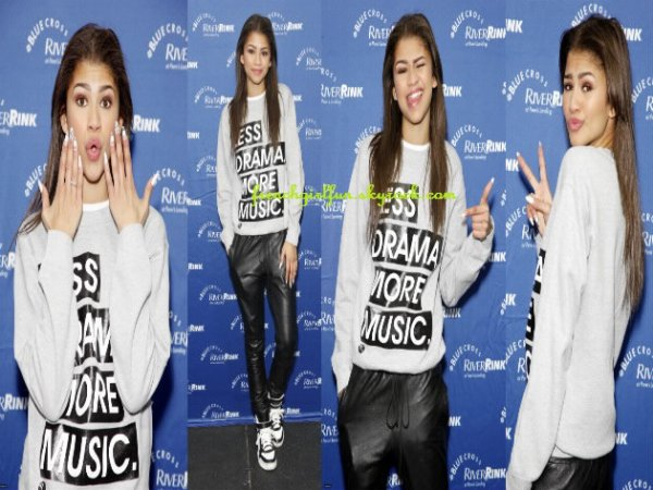 News photos de Zendaya performant au RiverRink Opening Event le 29/11/13 en Philadelphie