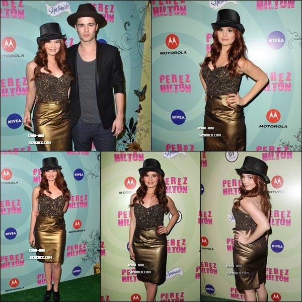 .  Le 24/03/12/. Debby Ryan étaient à la fête de Célébration de Perez Hilton et de Mad Hatter .