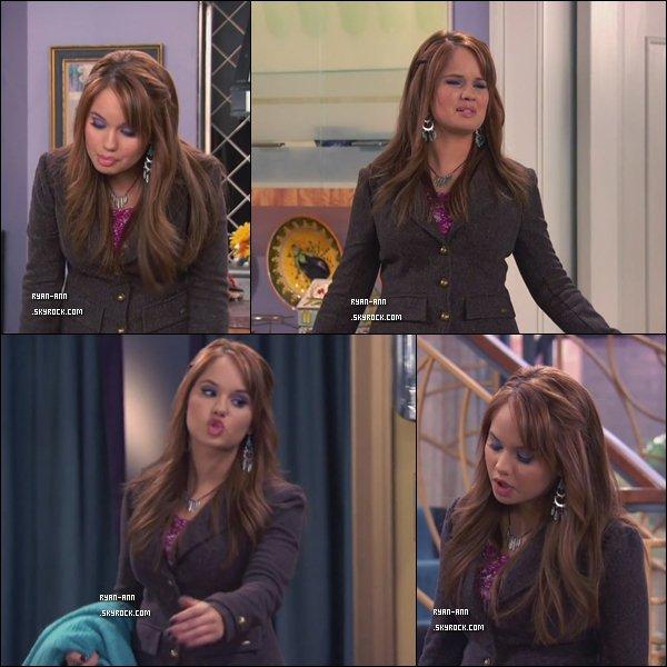 """.  Quelques images de la série Jessie, dans laquelle joue Debby Ryan, de la Saison 1, Episode 15 initulé : """" The Kid Whisperer """" ( : """" L'enfant Chuchoteur """" )  + Vidéo de Zeke et Luther avec Debby Ryan ."""
