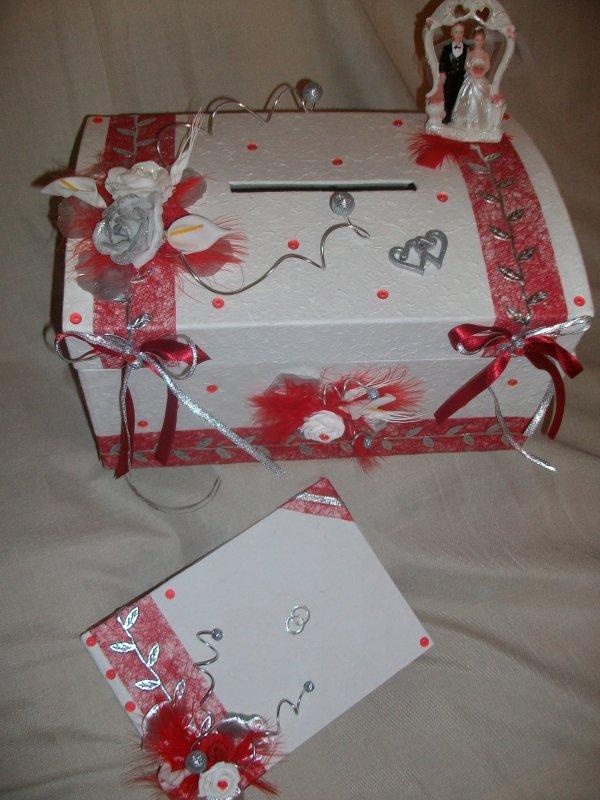 urne blanc rouge et argent la copie n 39 est pas un art juste le fruit. Black Bedroom Furniture Sets. Home Design Ideas