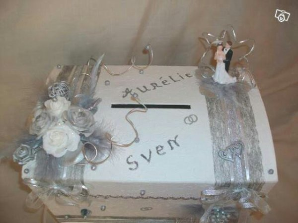 urne de mariage blanc gris la copie n 39 est pas un art juste le fruit. Black Bedroom Furniture Sets. Home Design Ideas