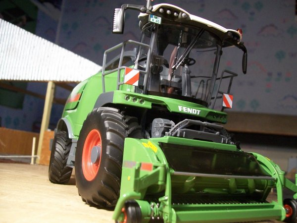 news: Ensileuse Fendt Katana65 WIKING