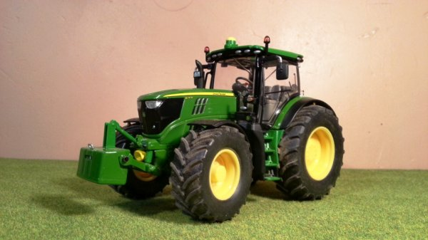 News: John Deere 6210R; Wiking