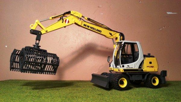 News: Pelleteuse NewHolland WE170; Pro Farm Toys