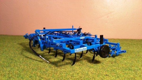 News: Multicultor-Mtirotor Bonnel; Pro Farm Toys