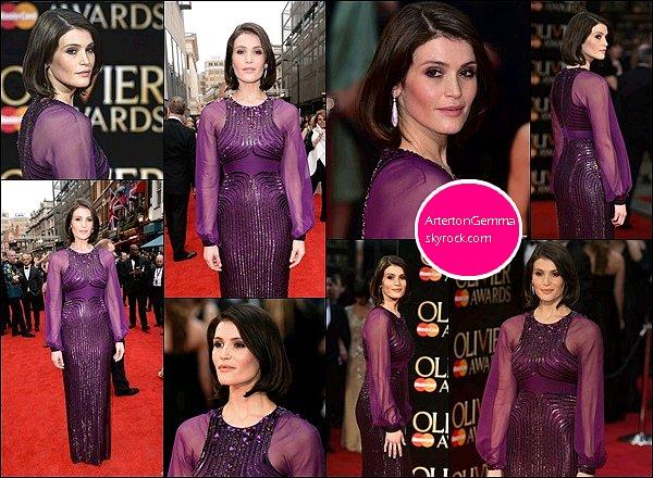 3 Avril 2016 : Gemma Arterton tout de violet vêtue était présente à la 40ème cérémonie des Olivier Awards Gemma était nominée pour son rôle de Nell Gwynn mais aussi pour la meilleure nouvelle comédie musicale (qu'elle a remporté)