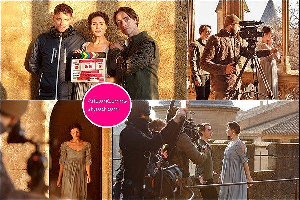 13 mars 2016 : Gemma était sur le tournage de son nouveau film Love's Labour's Lost en Espagne La belle brune était superbe dans cette robe bleu, hâte d'en savoir plus à propos du film... Ces quelques clichés sont déjà prometteurs !