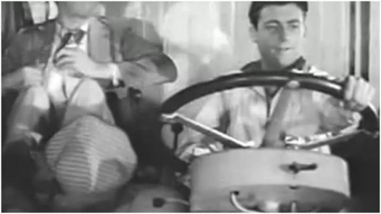 1943  -  Le Camion Blanc
