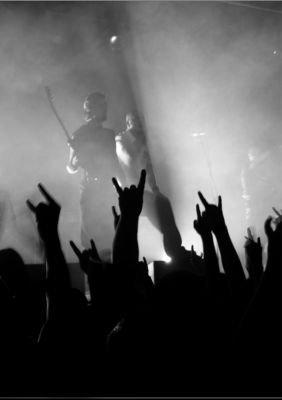La musique permet d'exprimer, pas de ressentir, ne vous trompez pas ...