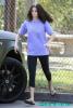 Selena à l'allure sportive aux côtés de Justin Bieber qui étaient tous deux en promenade hier au zoo de Los Angeles.