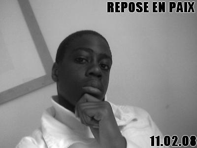 #. MEME Si LA BLESSURE GUERRi UN J0UR;; LA CiCATRiCE RESTERA T0UJ0URS..