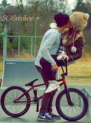 SOSmilee ♣ T'es fou, t'es con, t'es jeune quoi