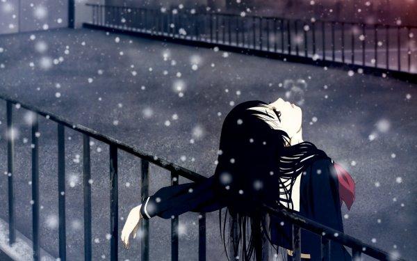 """""""Tu vois,Nadia,parfois tu me donnes l'impression d'être un oisillon qui s'agite pour essayer de sortir de sa cage.Et pourtant les clés de la cage,c'est toi qui les as.""""  (Destination Tokio Hotel - Dorotea De Spirito)"""