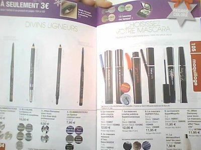 crayons et mascara