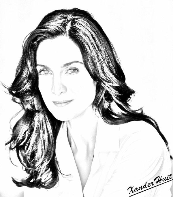 Portrait Carrie ann Moss by XanderHuit