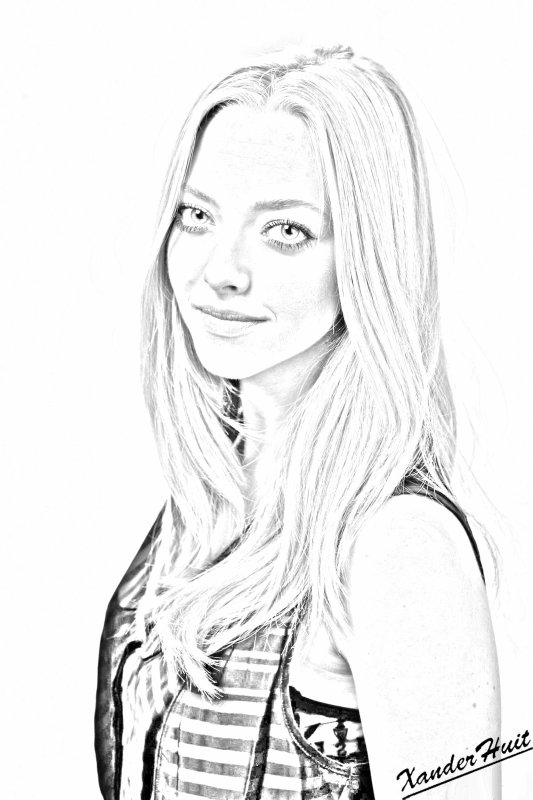 Portrait Amanda Seyfried by XanderHuit