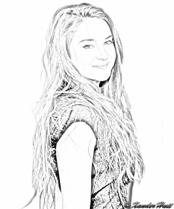 Portrait Shailene Diann Woodley by XanderHuit