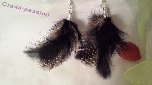 Boucles d'oreilles plumes noires et plumes d'oiseaux