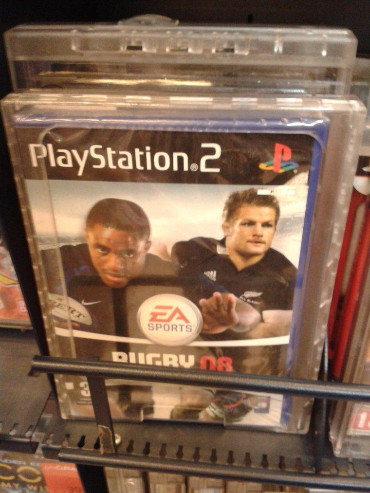 Un jeu PS2 en magasin ???