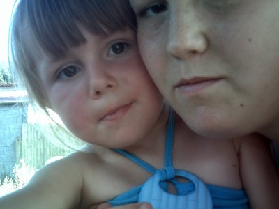 moi et ma petite couzine a mon anniversaire