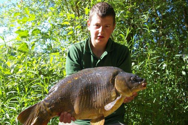 peche au domaine de pimprez 12 kilo nouvo record et premier fish 2011