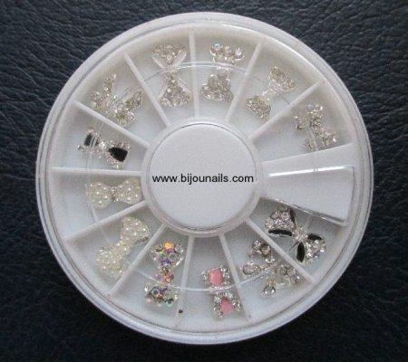 Nouveauté , Carrousel bijoux d'ongle www.bijounails.com