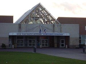 lycée Hôtelier Marguerite Yourcenar  de Beuvry les Béthune ( Mon bahut )
