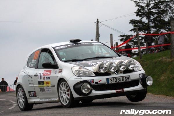 depuis le printemps nouvelle auto : Clio R3