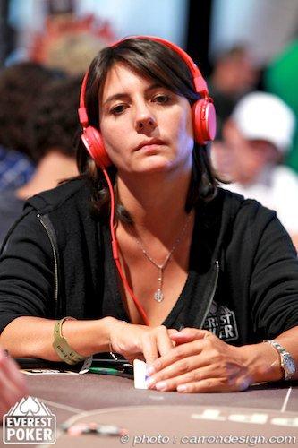 Estelle a Cannes pour un tournois de Poker