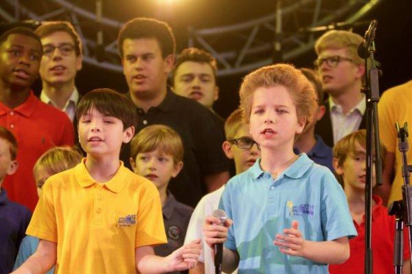 Les Petits Chanteurs d'Asnières & les POPPYS -   Fête de la musique 2016