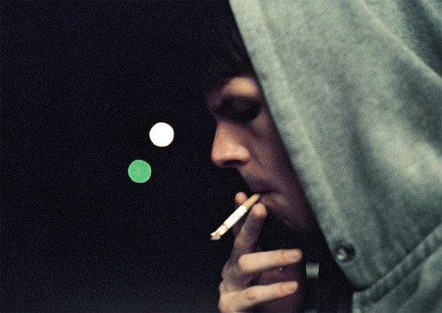 """"""" Tu es comme une drogue pour moi, c'est comme si tu étais ma propre marque d'héroïne."""" Twilight - Chapitre 1 : fascination"""