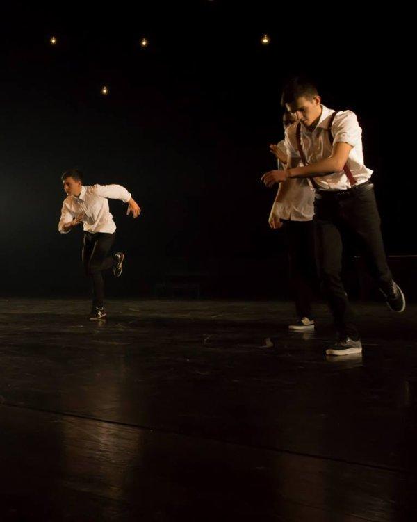 Dance ♥♥♥♥♥♥