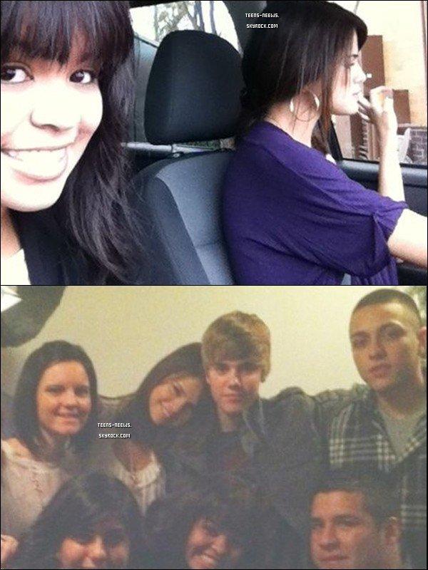 """ARTICLE SELENA GOMEZ ! -------------------------- Découvrez une photo de Selena Gomez et Justin Bieber qui ont passés Thanksgiving ensemble.   + Une Photo provenant du Twitter de Selena Gomez ou elle y a ecrit :  """" Lol ma terrifiante cousine entrain de prendre une photo alors que je commande à manger ... Oh la Famille !"""""""