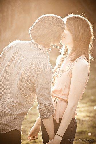 «un jour tu rencontrera le prince charmant et la tu pourra te dire que la vie vaut la peine d'être vécue »