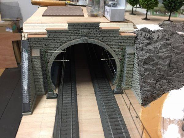 Rehaussement au dessus du tunnel